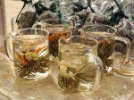 Tea Lounge di Harrods, gli inglesi hanno scoperto i fiori di tè
