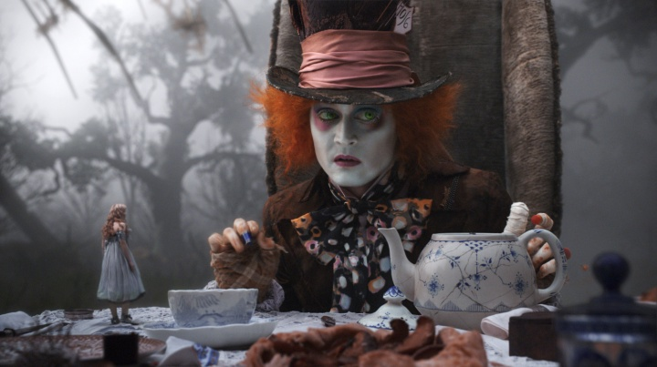Una scena di Alice in Wonderland di Tim Burton