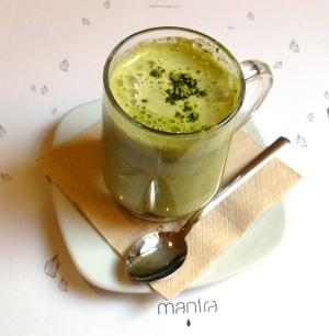 Dove bere un matcha latte a Milano: Mantra Raw Vegan