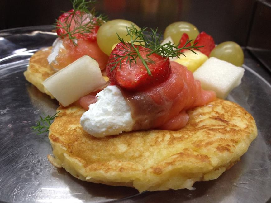 Per il vostro brunch provate i pancakes al salmone