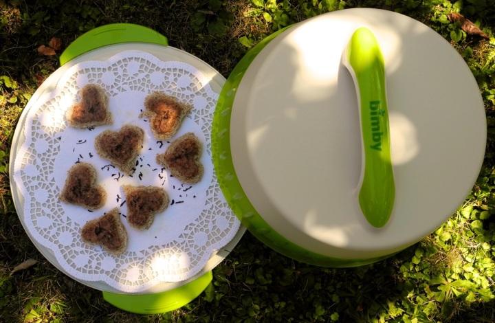 Portadolci termico della Bimby è utile anche come vassoio per Happy Hour o come porta vivande per i picnic
