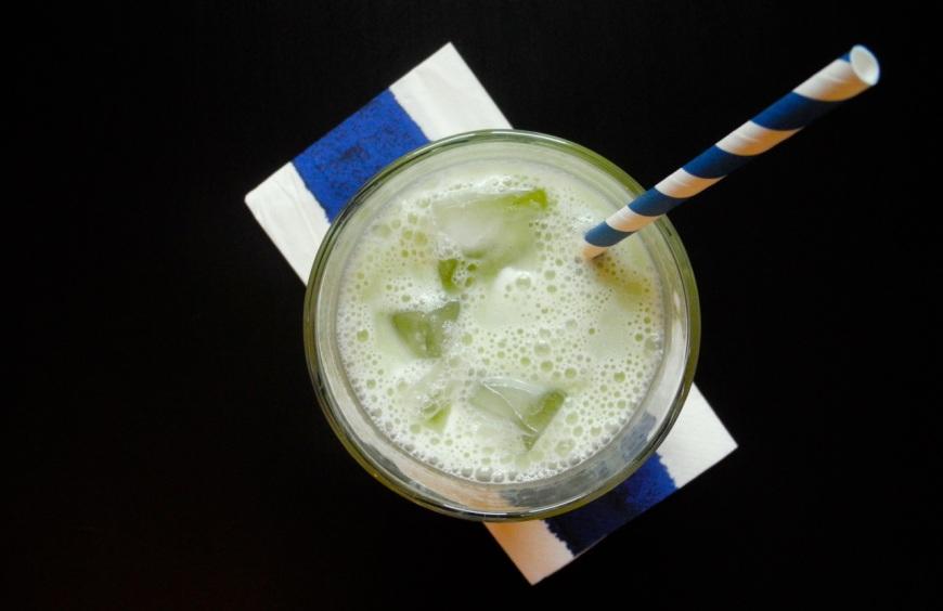 La ricetta per preparare un ottimo Matcha Latte freddo, la bevanda dell'estater